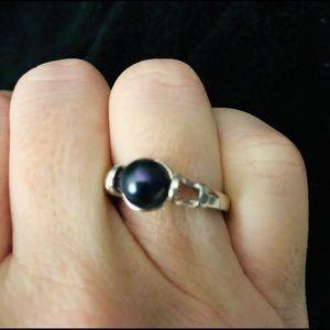 Vantel Pearls Fortune Teller Ring